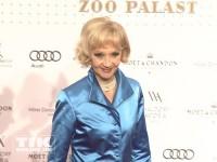 Liselotte Pulver bei der Wiedereröffnung des Berliner Zoo Palasts